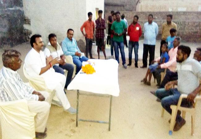 कार्यक्रम में संबोधित करते राजस्थान अनऑर्गेनाइजेशन वर्कर्स कांग्रेस के उपाध्यक्ष बनने पर नरेन्द्र सिंह भाटी।
