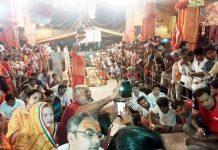 बीकानेर के श्रीपूनरासर धाम में मंगलवार को वार्षिक मेले पर श्रद्धालुओं का सैलाब उमड़ पड़ा। फोटो : सत्यनारायण जोशी